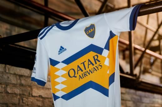 Se filtraron fotos de la nueva camiseta suplente de Boca Juniors